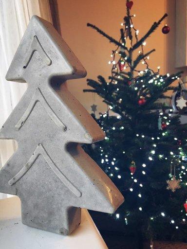 Concrete Christmas decorations DIY - Christmas tree
