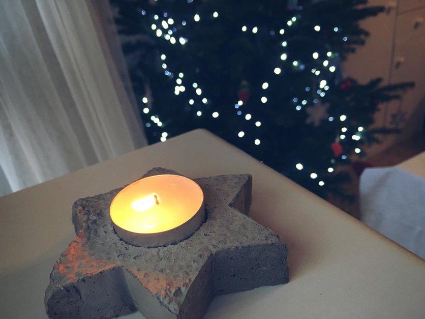 Concrete Christmas decorations DIY - candlestick