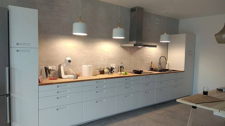 microtopping kitchen wall