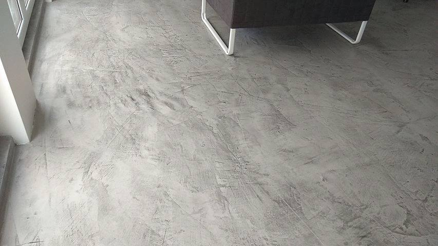 microtopping floor - living room