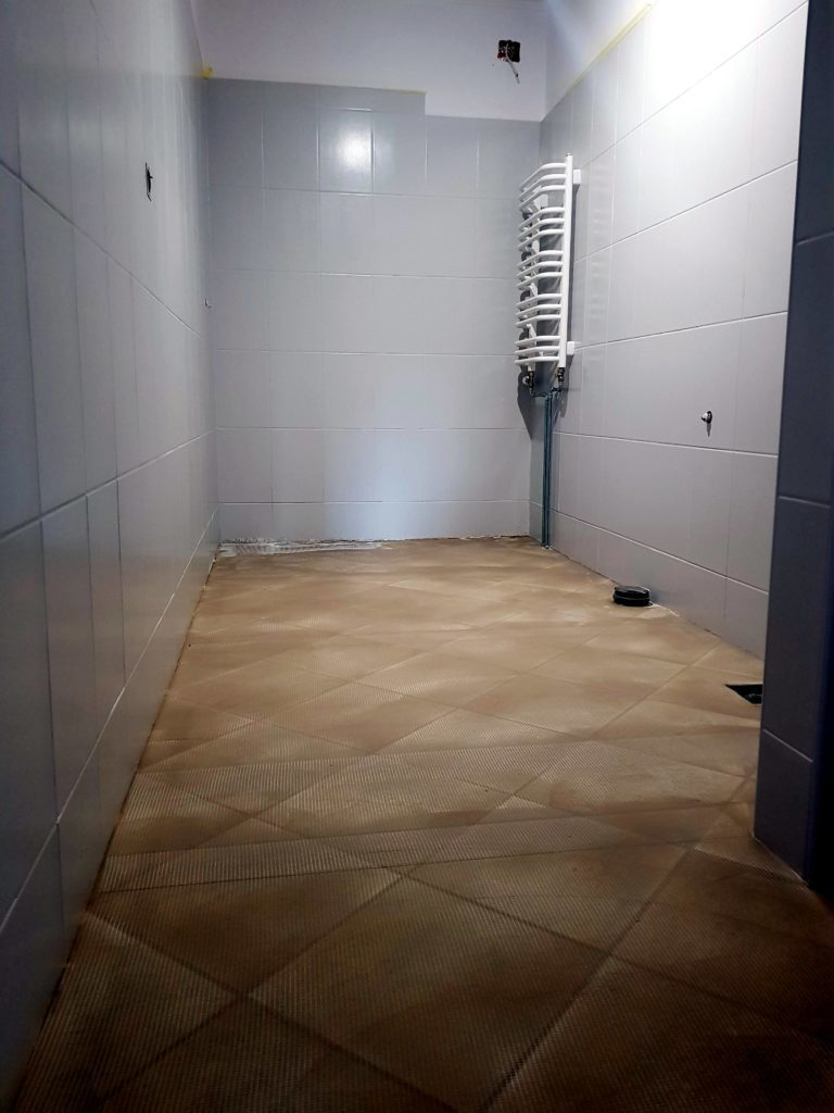 bathroom renovation with microcement