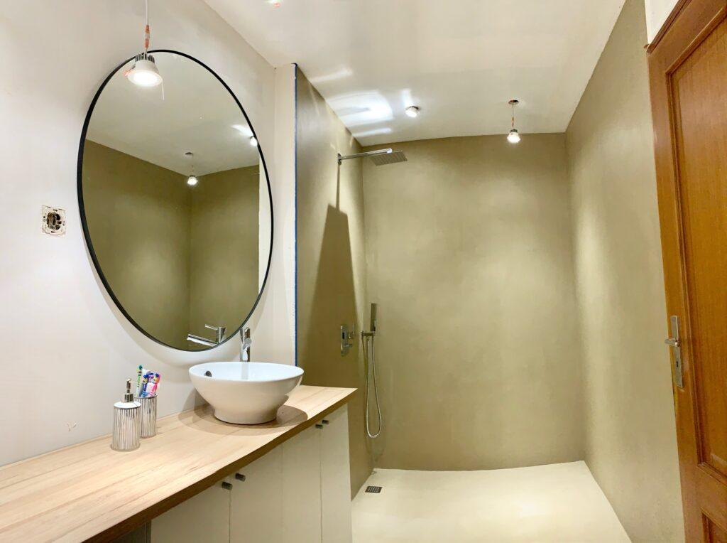 microcement bathroom madeira