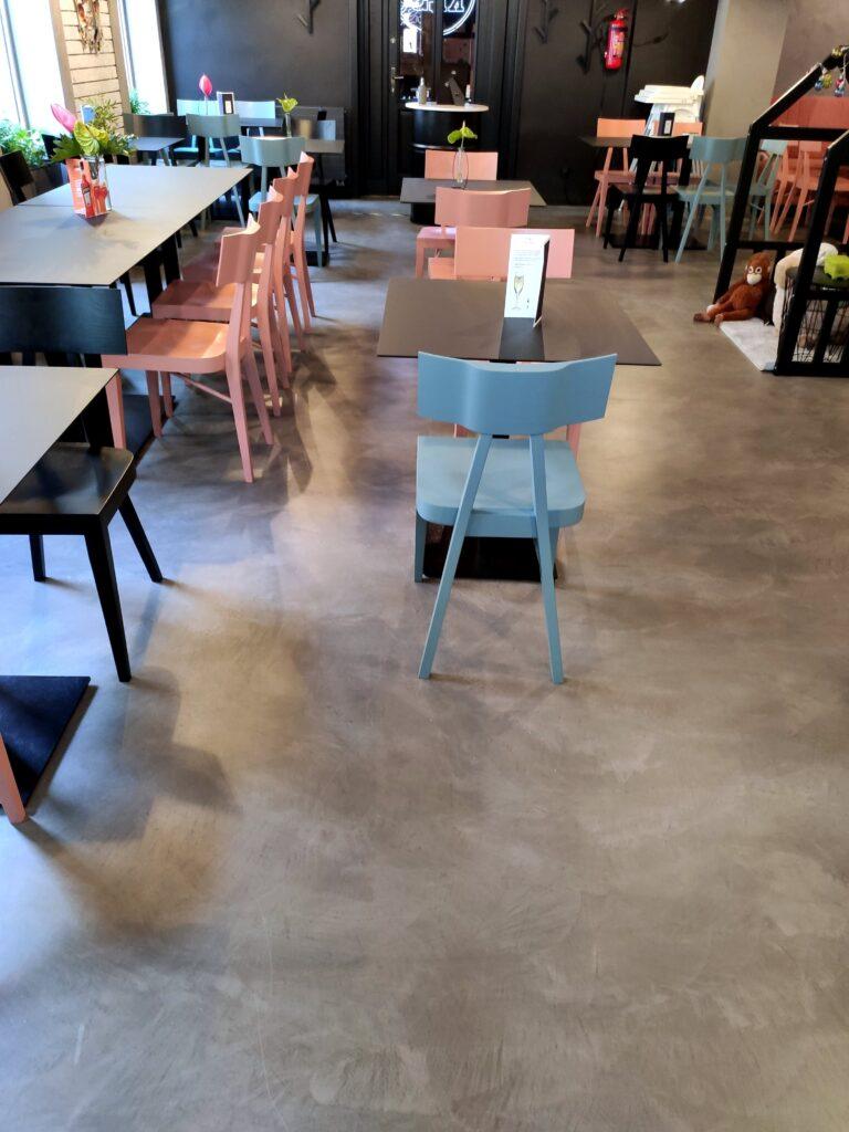 Microcement floor in a restaurant