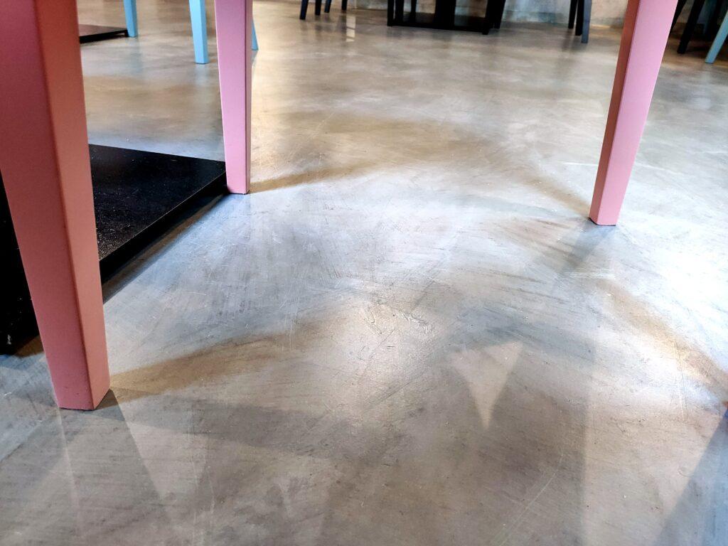 concrete floor - microcement