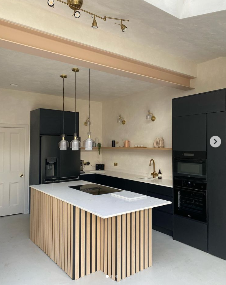 Old London house renovation with microcement