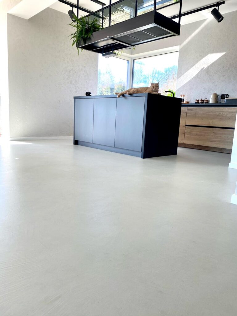 microcement floor at home - living room